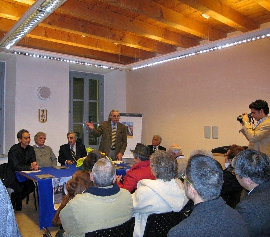 copiadilorenzobonini-piazzadeitreparchidipioltello8edited-1609940733.jpg